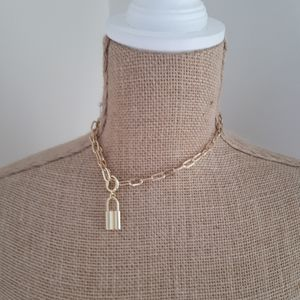 Gold Color Locket Style Choker/Chain/Necklace
